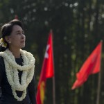 Aung San Suu Kyi addresses press freedom