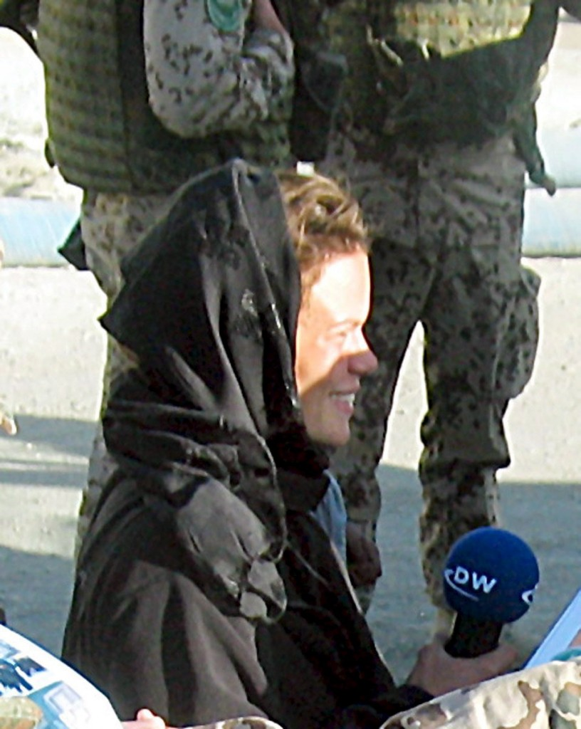 A file photo showing German journalist Karen Fischer in Kabul, Afghanistan, 5th October 2004. Photo credit: EPA/Karen Fischer