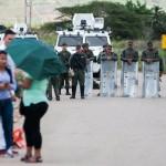 Venezuelan journalists threatened for covering prison clash