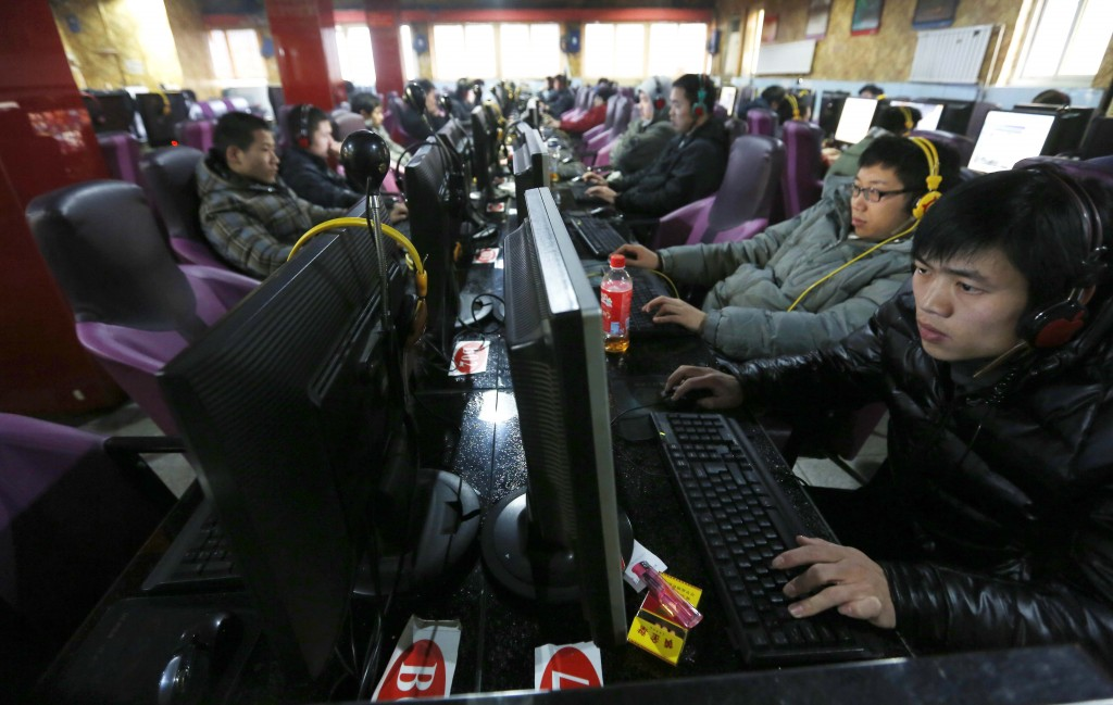 Computer users at an Internet Bar in Beijing, Dec. 28, 2012. (EPA/How Hwee Young)