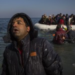 Aid workers in Greece overwhelmed by refugees