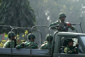 Bangladeshi army soldiers patrol Dhaka's streets during the 2007 state of emergency. (EPA/Abir Abdullah)