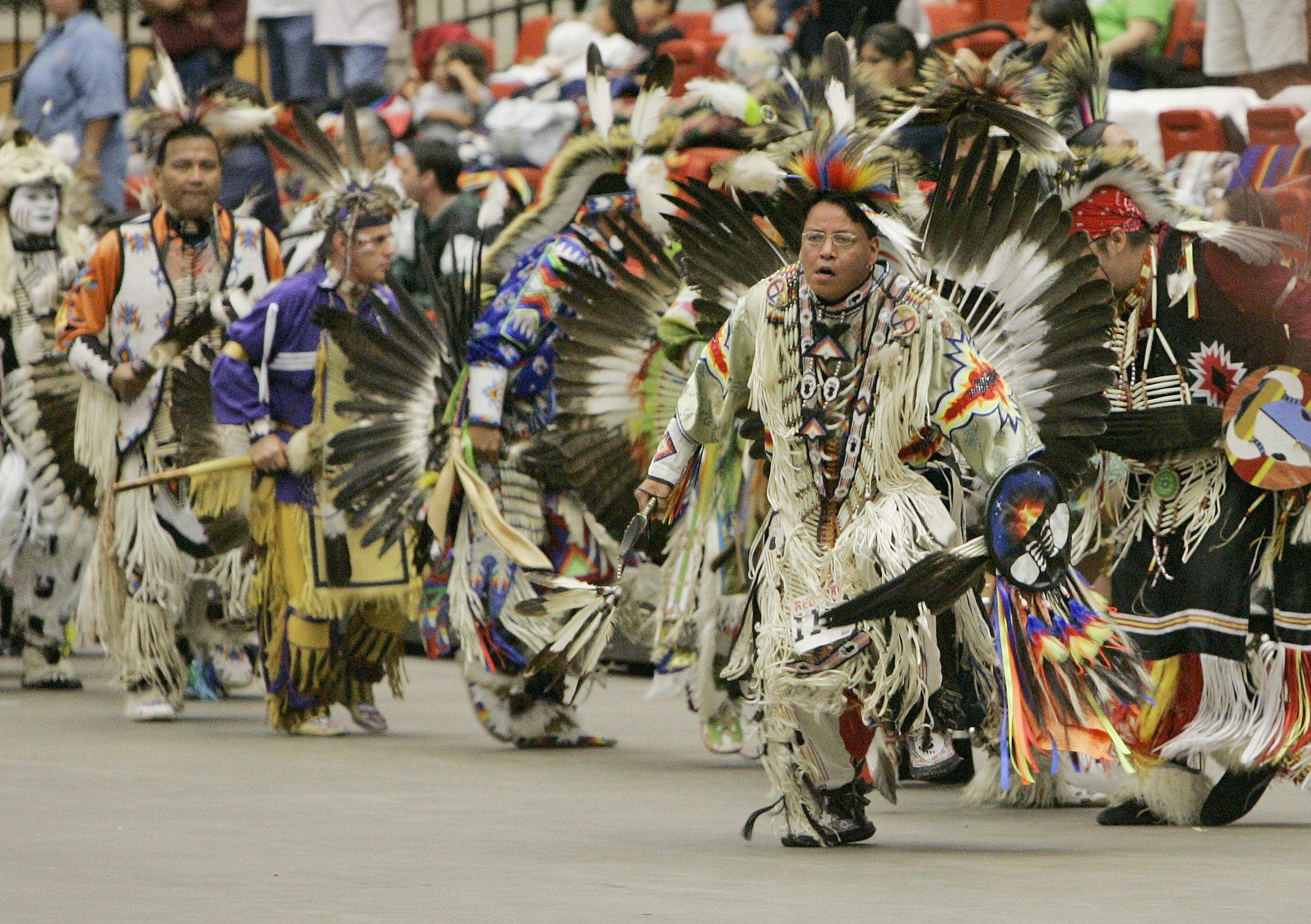 native americans battle linguistic extinction